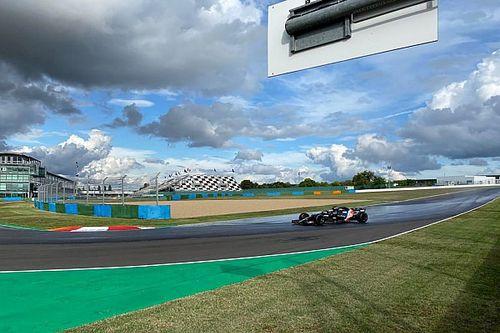 """Pirelli: test 18"""" in Francia dimezzati per un guasto alla Alpine"""