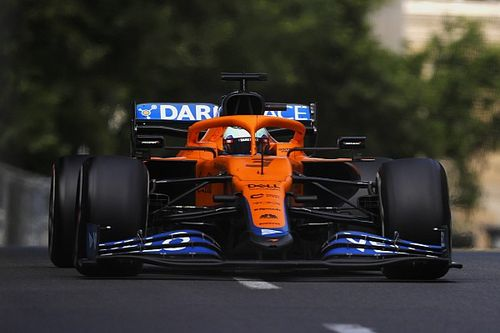 Így dolgozik a McLaren a szimulátorban - videó