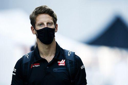 Hand Grosjean uit verband na zware F1-crash, interesse van Peugeot
