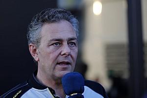 Pirelli: Szoros lehet a mezőny, a Mercedes képes megoldani a problémáit