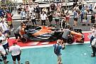Forma-1 Eldőlt: a McLaren miatt búcsúzik a cápauszony