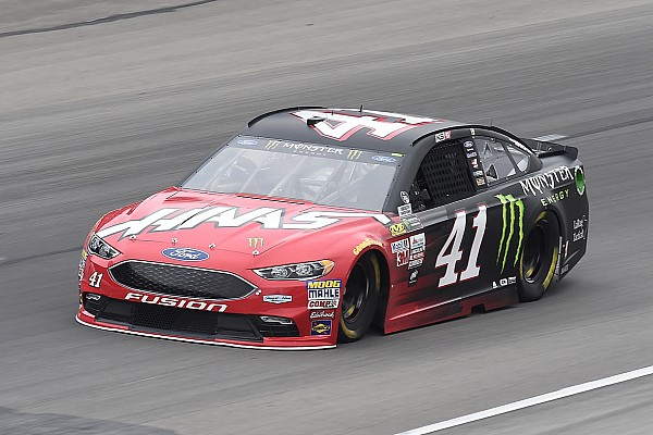 NASCAR Cup NASCAR: Texas-Pole für Kurt Busch mit Streckenrekord