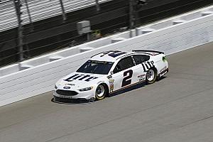 NASCAR Sprint Cup Crónica de entrenamientos Keselowski lidera la práctica final en Michigan con Suárez en 20º