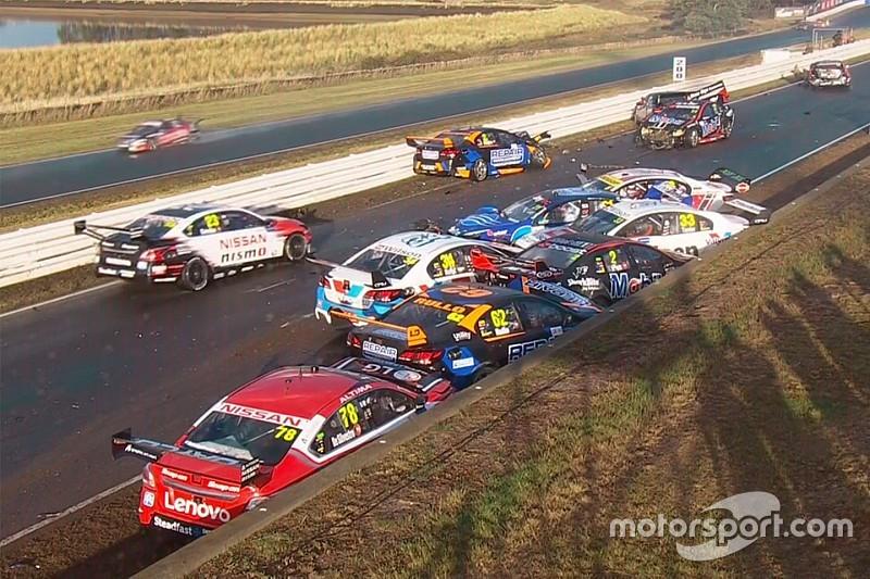 Chaos en Tasmanie, Van Gisbergen et Coulthard vainqueurs