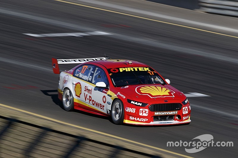 Sydney Supercars: McLaughlin grabs seventh consecutive pole