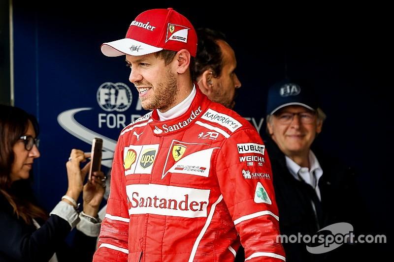 """Vettel, Macaristan GP'sinin """"çok farklı"""" geçmesini bekliyor"""