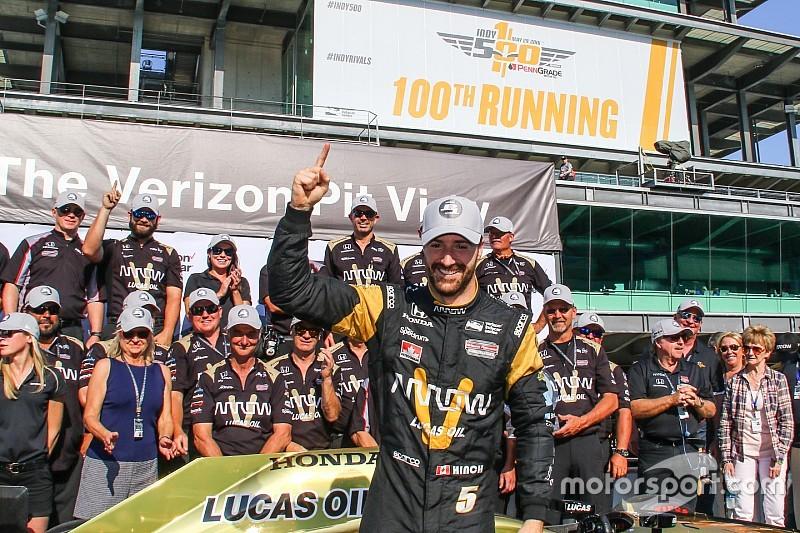 Hinchcliffe logró la pole para Indy 500