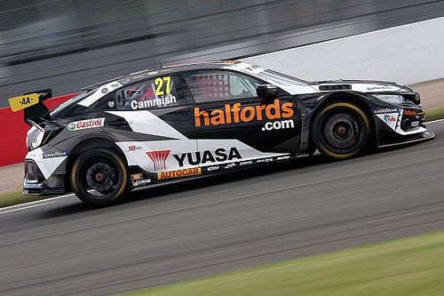 Thruxton BTCC: Cammish recovers from off to take pole