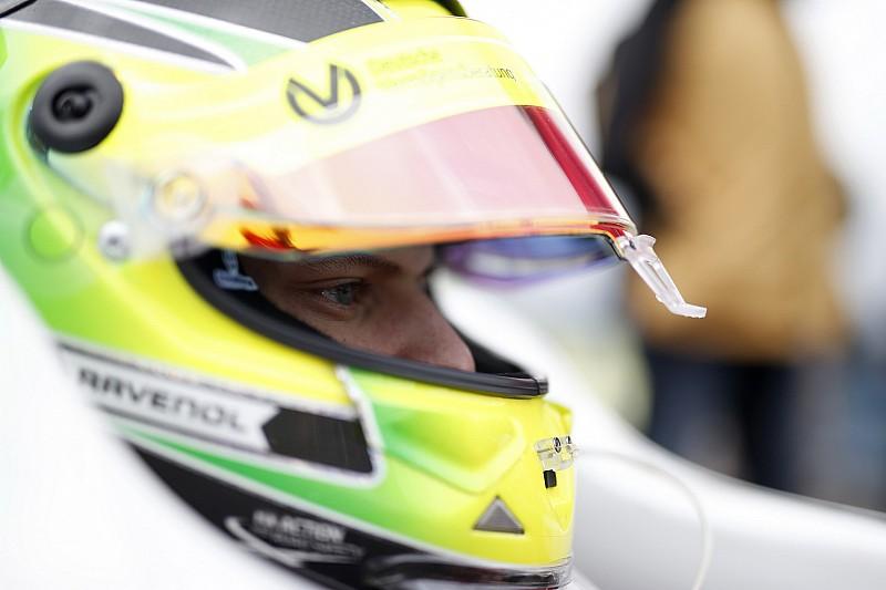 Слухи: Мик Шумахер дебютирует в Ф1 на тестах с Ferrari