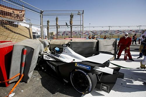 Formula E: Mortara in ospedale per un brutto incidente nelle FP3