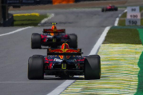 """F1 ルノーPUの信頼性を懸念したレッドブル、決勝は""""保守的""""モードで走行"""