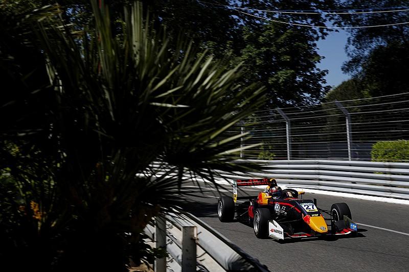 Євро Ф3 у По: юніор Red Bull здобув поул завдяки аварії Шумахера