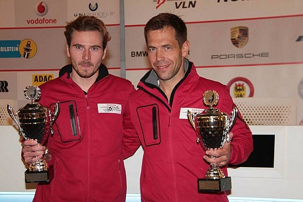 VLN: Jubel im Schweizer Toyota-Team