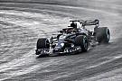 Formule 1 Nieuwe Red Bull RB14 maakt eerste meters op nat Silverstone