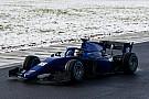 فورمولا 2 معرض صور: اختبار سيارة الفورمولا 2 الجديدة وسط الثلوج