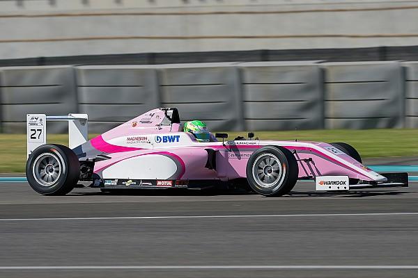 F4 UAE Motorsport.com hírek Szenzációs teljesítménnyel debütált Schumacher unokaöccse