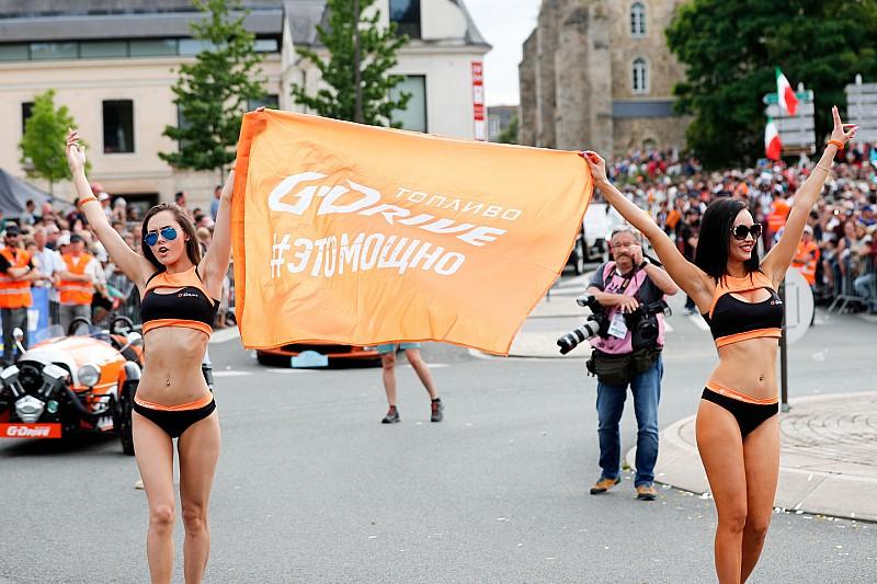 Fotogallery: ecco le grid girl della 24 Ore di Le Mans e del GP di Catalogna di MotoGP