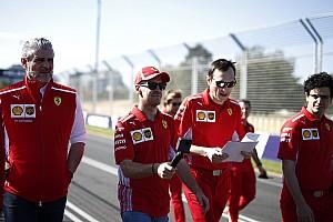 Forma-1 Motorsport.com hírek Lauda szerint a Ferrarin nagyobb a nyomás, mert rég nem nyertek bajnokságot