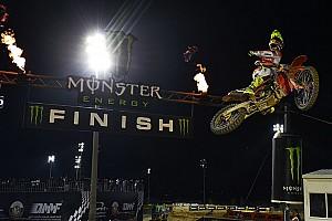 MXGP Race report MXGP Qatar: Cairoli berjaya di Race 2 dan pimpin klasemen