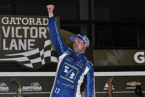 NASCAR Cup Gara Ricky Stenhouse Jr. trionfa nel caos di Daytona