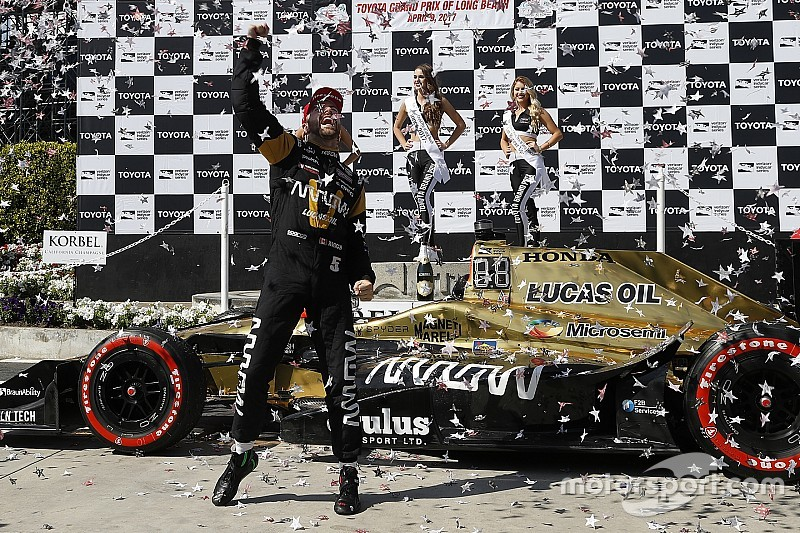 Long Beach IndyCar: Hinchcliffe wins, Andretti and Penske fade