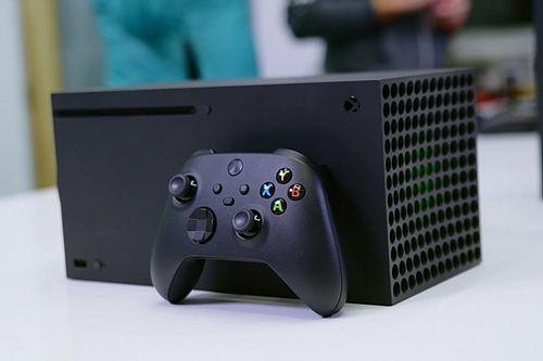 Augusztusban mutathatja be az Xbox a Series X mellé érkező másik konzolt?