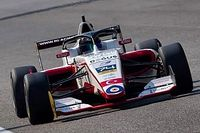 F3 Asya Dubai 10. yarış: Chovet kazandı, Cem yedinci oldu