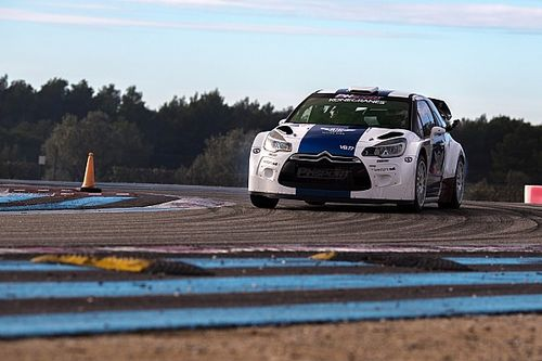 Bottas a pris le volant d'une DS3 WRC