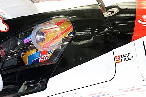 Галерея: перші кілометри Алонсо за кермом Toyota LMP1