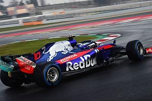 Fórmula 1 Crónica de test Toro Rosso Honda acaba líder la primera mitad de jornada en mojado