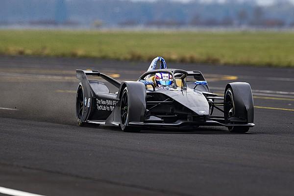Formula E Motorsport.com hírek Pályára gurult a BMW saját Formula E-autója, az iFE.18