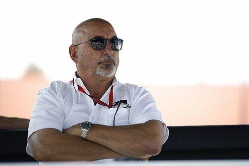 «Дайте мне Ньюи, и мы будем побеждать даже без лучших пилотов». Босс IndyCar подколол Ф1