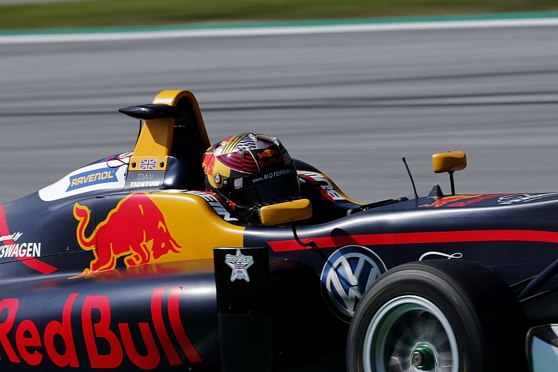 De Silvestro: Programas, como da Red Bull, seriam melhor que W Series
