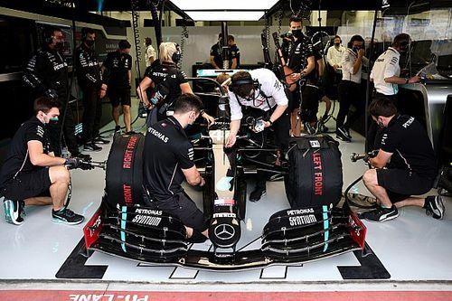 Хэмилтон: Уход инженеров в Red Bull не ослабит Mercedes