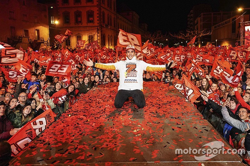 Photos - Marc Márquez fête son titre à domicile