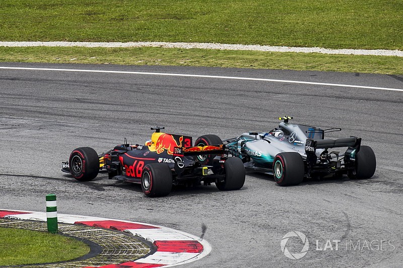 """Ricciardo's overtakes in 2017 """"sublime"""" - Horner"""