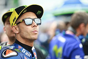 MotoGP Новость Росси не стал нервничать из-за проигрышей новичкам сезона