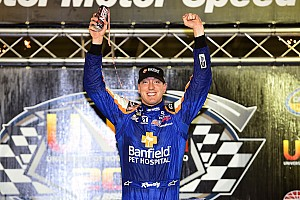 Kyle Busch dominates Bristol Truck race from pole