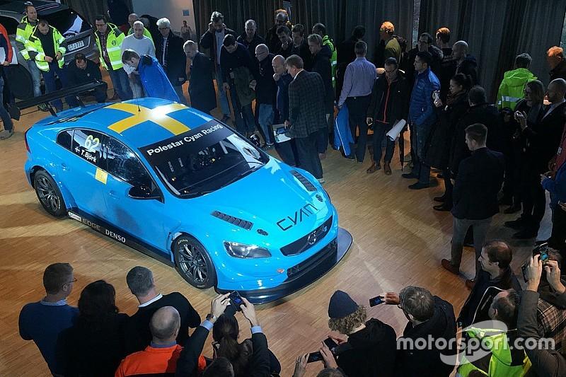 La S60 TC1 presentata agli impiegati Volvo