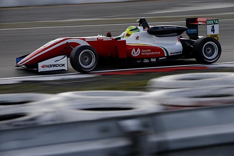 Євро Ф3 на Нюрбургринзі: Шумахер переміг і зберіг надію на титул