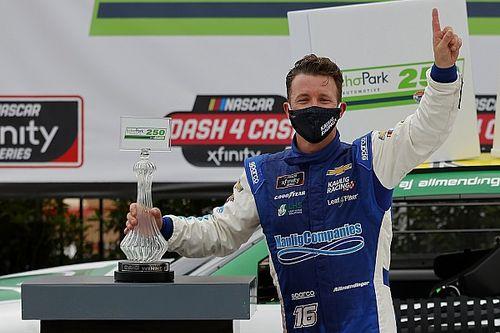 Звезда «формульных» гонок выиграл свой первый этап NASCAR на овале