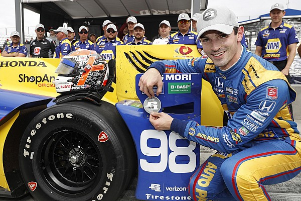 IndyCar IndyCar Watkins Glen: Eerste pole voor Alexander Rossi