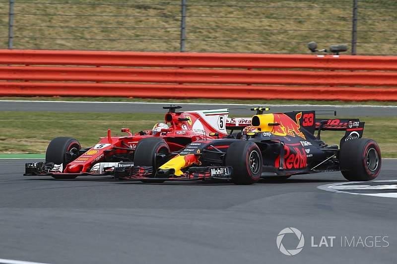 Verstappen takkan pedulikan kritik dari Vettel
