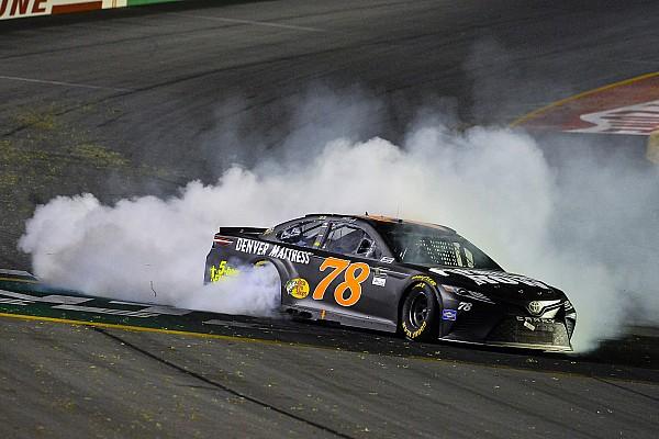 NASCAR Cup NASCAR: Überzeugender Kentucky-Sieg für Martin Truex Jr.