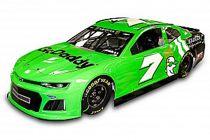 NASCAR Cup Новость Рождение ливреи: как окрашивают машины в NASCAR