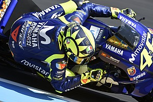 MotoGP Reaktion Yamaha und Rossi in Nöten: Werk wird vom Kunden vernascht