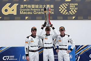 GT Kwalificatieverslag FIA GT World Cup Macau: Mortara op pole, Frijns schampt de muur