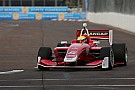 Indy Lights Victoria de Urrutia en la Carrera 2 de San Petersburgo