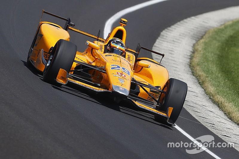 Алонсо сошел в Indy 500 из-за отказа мотора