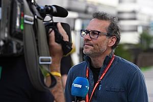 Villeneuve veegt de vloer aan met Pirelli en Honda